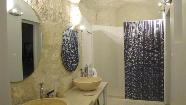 Chambre Troglo au Manoir des Roches