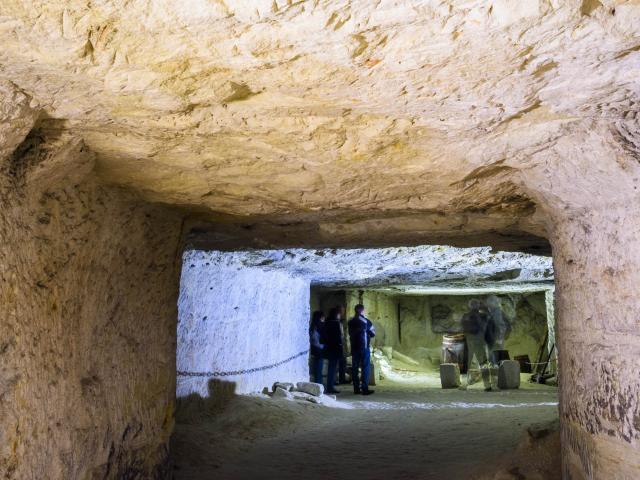 Caves De Roches 016 Min