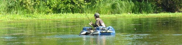 Pratique de la pêche en float tube
