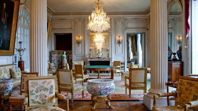 Chateau de Valencay Indre desciptif general et tournage  02-2014 France 2